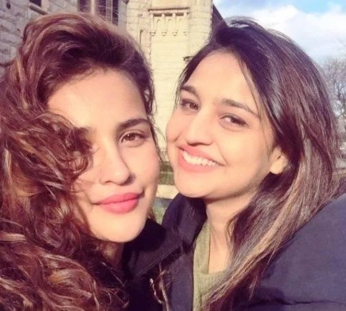 Aisha Sharma with her sister Reetika Sharma
