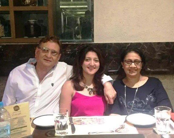 Shefali Jariwala's Parents and Sister