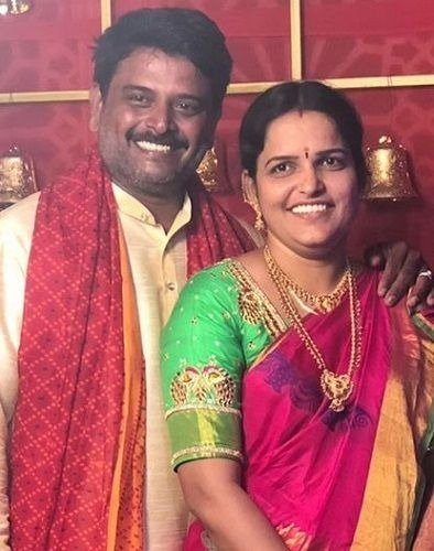 Vaishnavi Chaitanya's parents