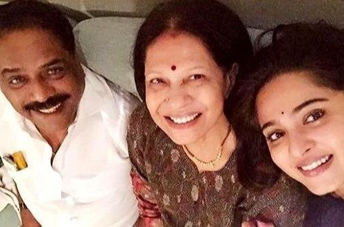 Anushka Shetty with her father and mother