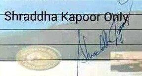 Shraddha Kapoor hand signature