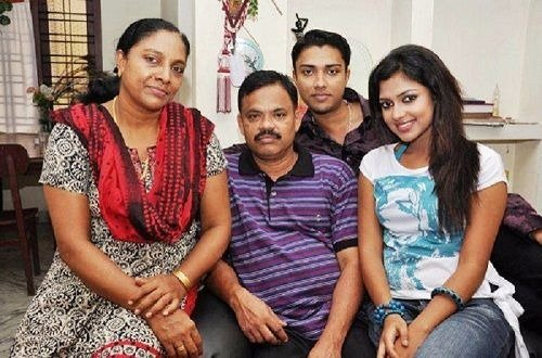 Amala Paul family photo